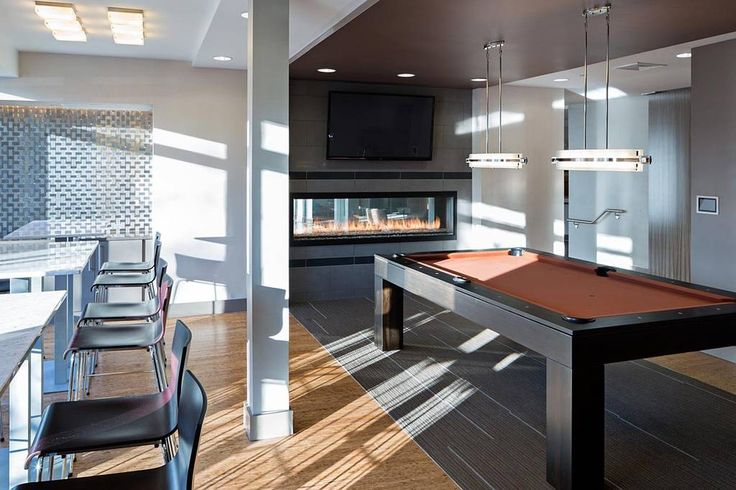 Entire home/apt in Cambridge, US. This must be the most beautiful apartment in Harvard area. Brand new luxury building with FREE access to Swimming Pool, movie theater, pool table, rooftop, fully equipped 24/7 gym, business lounge. This apartment is fully furnished with linens, to...