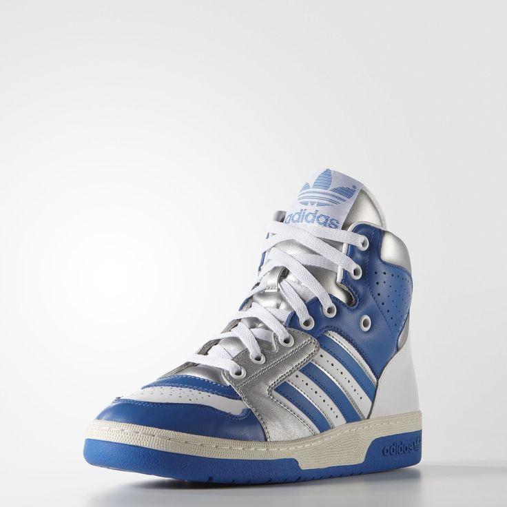 Som en hyldest til Kareem Abdul-Jabbars legendariske karriere relancerer adidas hans basketballsko fra 1987. Denne sko til mænd vender tilbage i de originale OG farver med en farverig læderoverdel og en matchende skalsål i gummi.