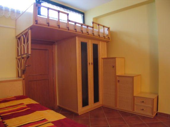 Scegli tra un.ampia scelta di letti a soppalco per ragazzi, per arredare con stile la camera dei ragazzi. Letti salvaspazio, a castello o a ...