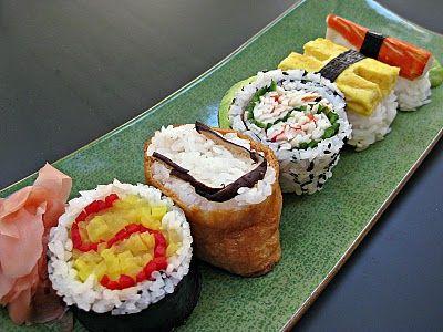 Google Image Result for http://4.bp.blogspot.com/_87Tl5Jfbua4/S7Cf5ARxLYI/AAAAAAAAEqw/bH7Gg31aBKg/s400/sushi%2B2.JPG