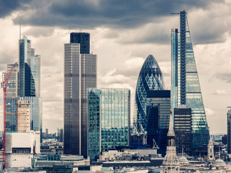 Brexit poses challenge to London's global FinTech boom