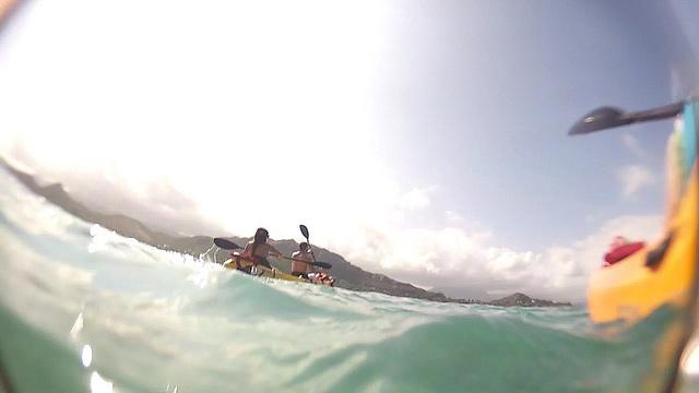 Kayaking in Oahu, Hawaii | goPro2 still by Marlon Munoz, via Flickr