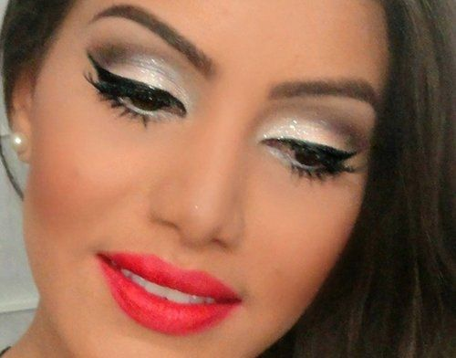 so prettyLipsticks Colors, Hot Makeup, Eye Makeup, Cat Eye, Red Lips, Makeup Looks, Eyemakeup,  Lips Rouge, Lips Colors