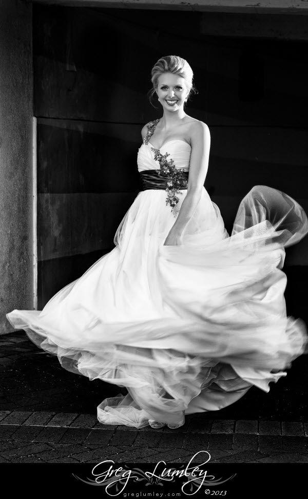 Beautiful Flowing wedding dress at Twelve Apostles Cape Town.