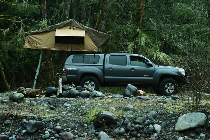 2013 tacoma CVT Mt. Cayley roof top tent. Cascadia Vehicle Tents