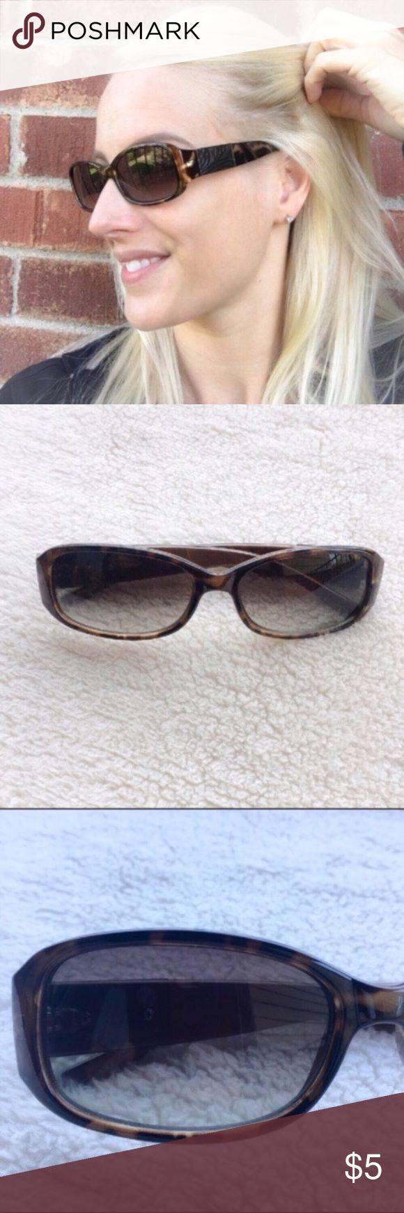 Brown Tortoise Shell Fashion Sunglasses No name brand brown tortoise shell sunglasses. No scratches to the lenses but no case so no case with purchase. I'm only looking to sell at this time so sorry but no trades. My listing price is firm. Accessories Sunglasses