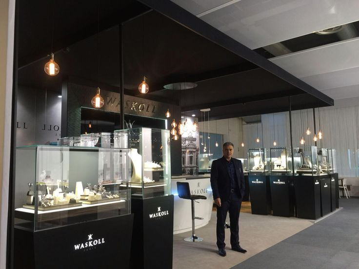 Last day at Baselworld... Our team is coming back to Paris! We are always pleased to welcome you in our store in rue de la Paix ! #baselworld #2016 #waskoll #paris