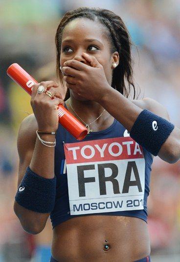 Stella Akakpo Née:  28.02.1994 1 Championnats x européens médaillée d'argent champion 1 x European Junior 1 x Championnats d'Europe finaliste 1 x européenne équipe médaillée d'argent des Championnats 1 x Championnats d'Europe Junior médaillée d'argent 1 x européenne U23 Championnats médaillé de bronze 1 x champion national 2 x champion national Indoor