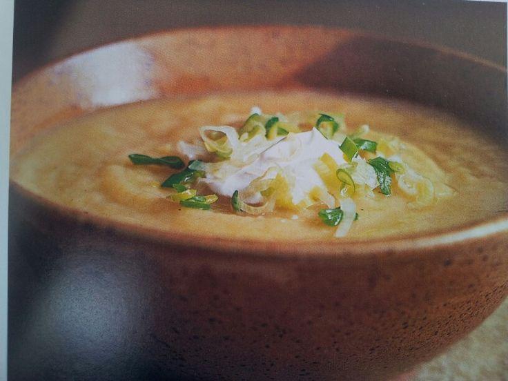 Supa crema de cartofi cu praz - Carte de bucate - pag.77