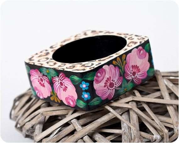 Rose Giungla bracelet. Hand Painted Jewelry. Safari Flowers Lace Bangle Bracelet. Floral jewelry. Bright colors. Square and slim