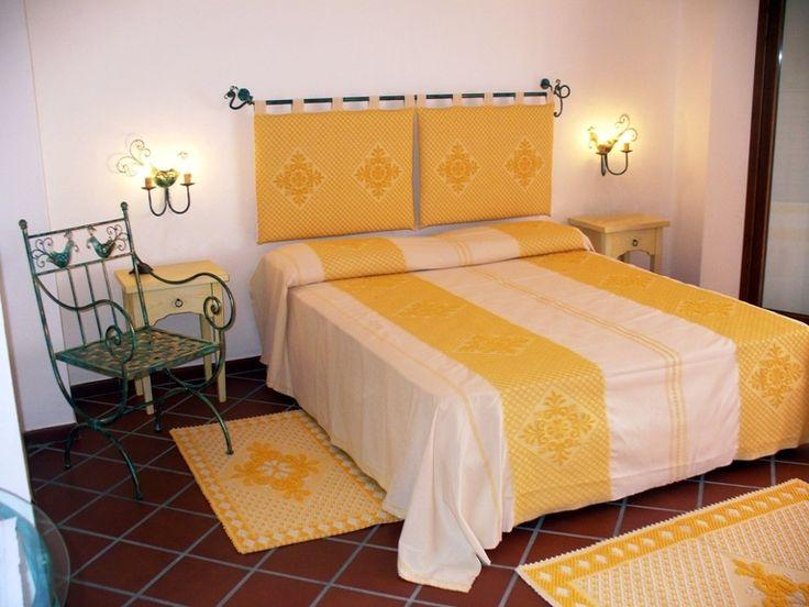 Oltre 1000 idee su tende per letto su pinterest letto a for Spalliere letto ikea