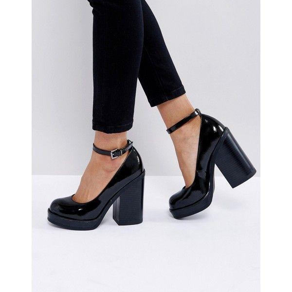 thick black pumps