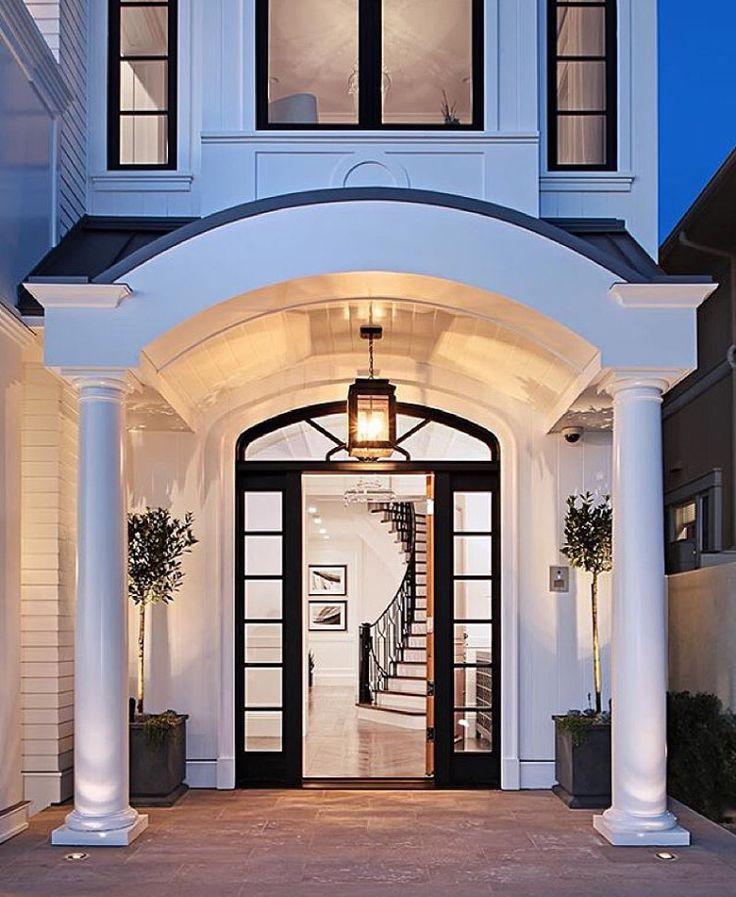 Doors Design: Grand Entrance