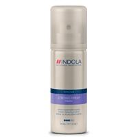 Eindig je haarverzorging goed met de Indola Innova Finish productlijn om elke haarstijl te fixeren, modelleren en polijsten. Deze strong spray houdt jouw kapsel in het gewenste model, zelfs bij vochtig weer!