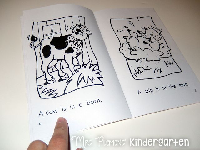 Kindergarten Homework: How to set up nightly reading homework for students.  {With a FREE reading log!}