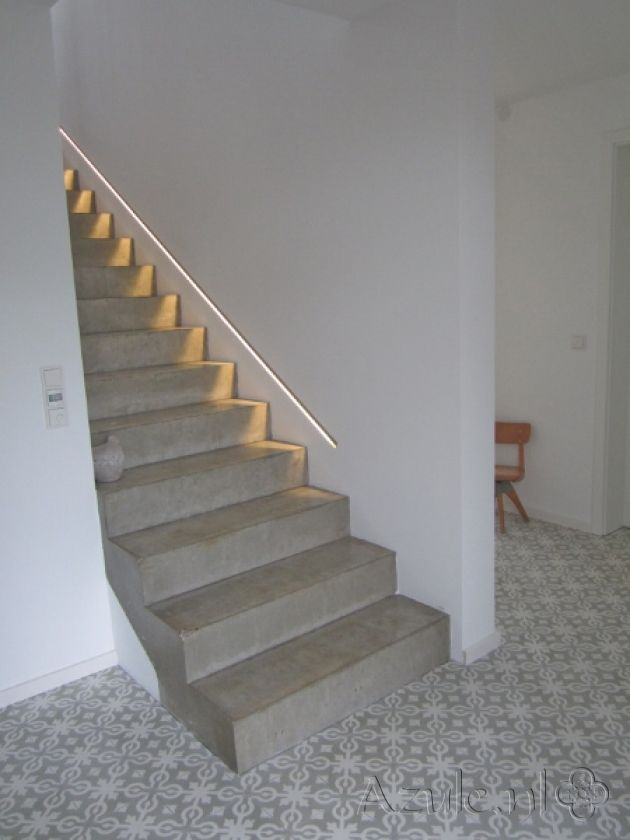 Cement tiles Hall - Azule 09 - Project van Designtegels.nl