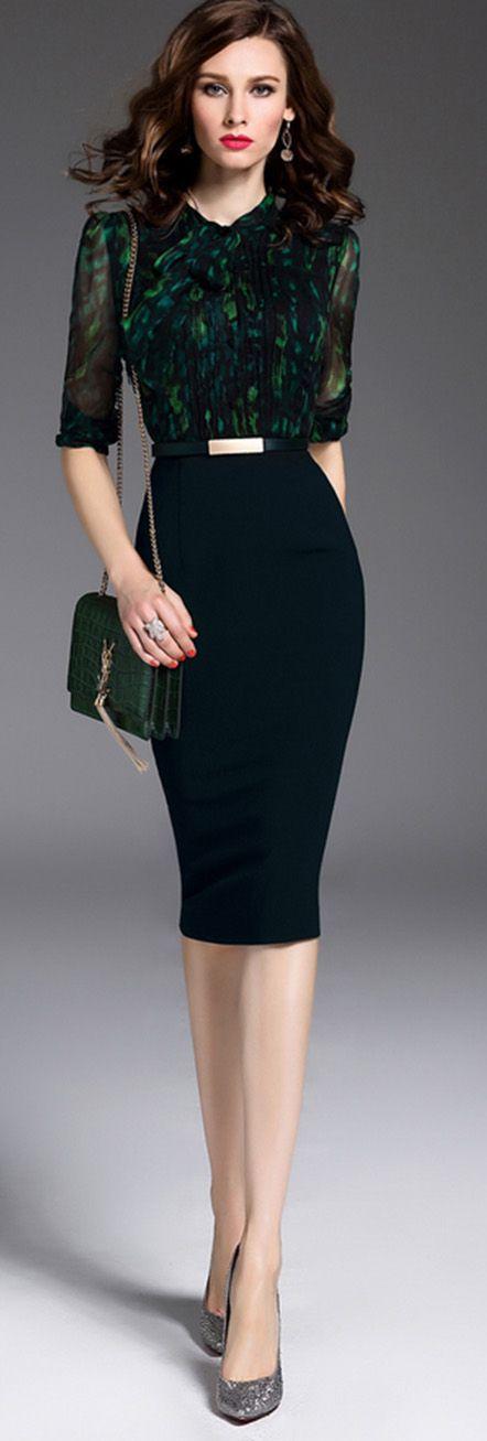 Black Bow Collar Half Sleeves Dress