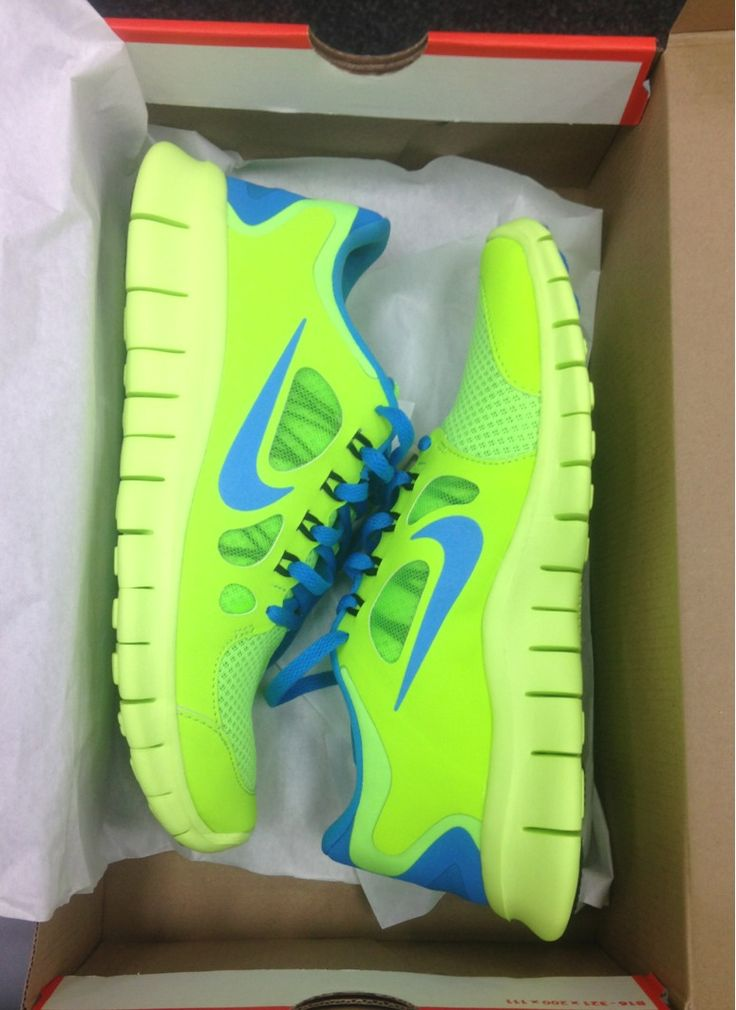 nike blue and yellow running shoes nike green sports shoes