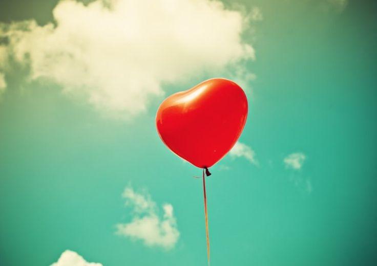 #LoveIsTheAir