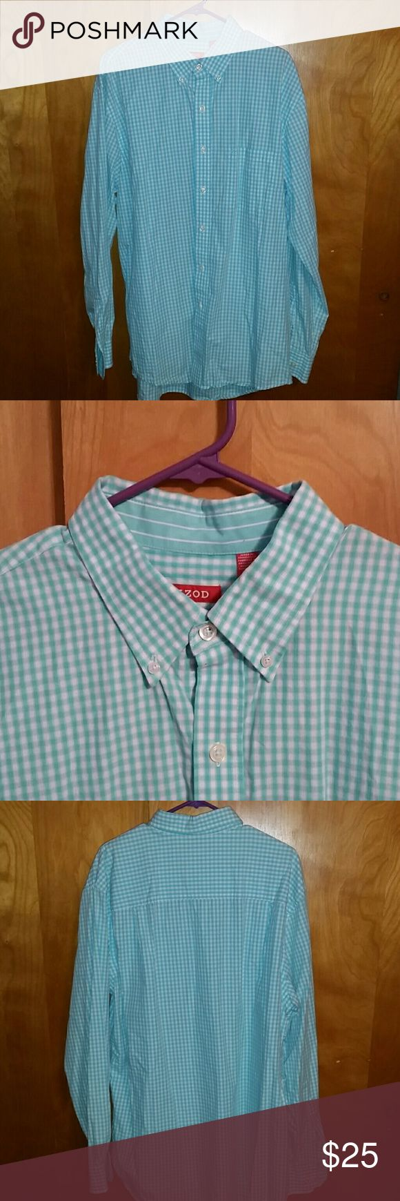 IZOD button down shirt This button down shirt is a beautiful cotton piece. It has been very Gently worn a couple of times and just needs a little ironing. This is a big and tall  (XLT) Izod Shirts Casual Button Down Shirts