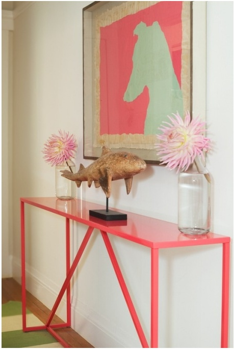 Love the table and the art! Great punch of color!