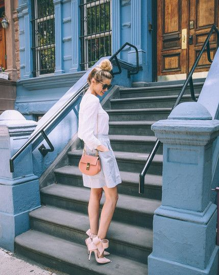 Messy Bun + Bow Details - First Date Outfits and Ideas - Photos