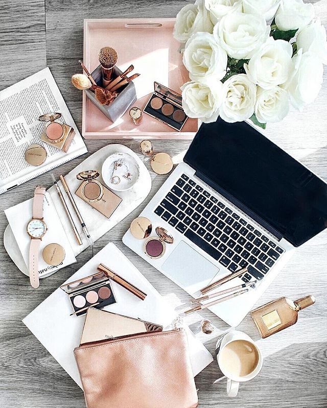 I'm so obsessed with @nudebynature's new range of eye makeup, especially the packaging! #rosegold