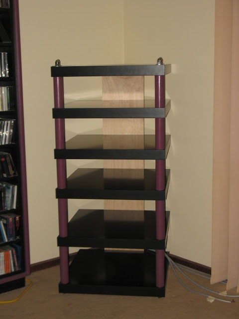IKEA Hackers: Hifi rack from six Lack tables
