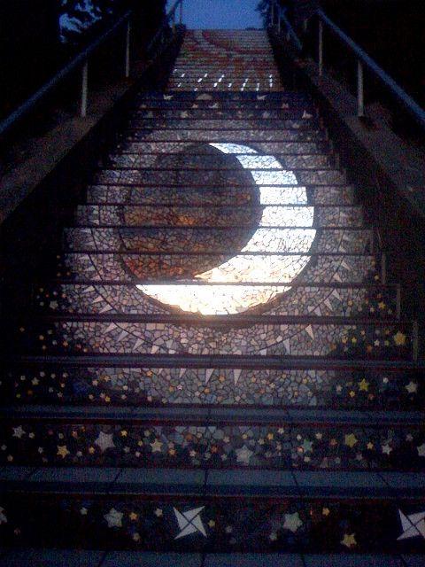 Moon mosaic Moraga Stairs, San Francisco: