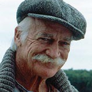 Richard Farnsworth Matthew in Anne of Green Gables..Love, love, love this character