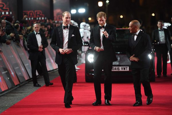 Prince William Photos - (L-R) Prince William, Duke of Cambridge and Prince Harry attend the European Premiere of 'Star Wars: The Last Jedi' at Royal Albert Hall on December 12, 2017 in London, England. - 'Star Wars: The Last Jedi' European Premiere