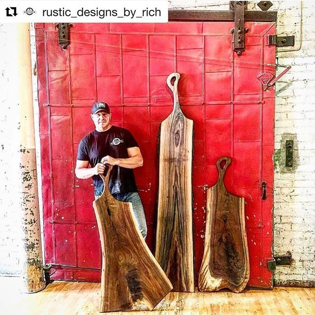 I thought my charcuterie boards were big... check out @rustic_designs_by_rich and these huge Charcuterie boards! Impressive to say the least. Fellow Canadian to boot!