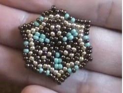 Peyote Stitch Tutorial: how to make bead earrings - circular peyote stitch | Beading Tutorial