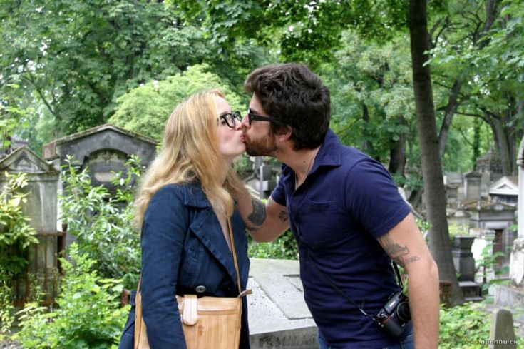 The Draw: Marion and Jack visit Paris after a disastrous trip to Italy. They may not be soulmates, but their long breakup over the course of two days features enough post-Woody Allen bon mots that you kinda wish they were. The Fact: Jim Morrison's grave in Père Lachaise really does draw that many crazy fans. The French hate it and often threaten to posthumously deport the musician. The Fiction: No cabbie in Paris is that talkative.