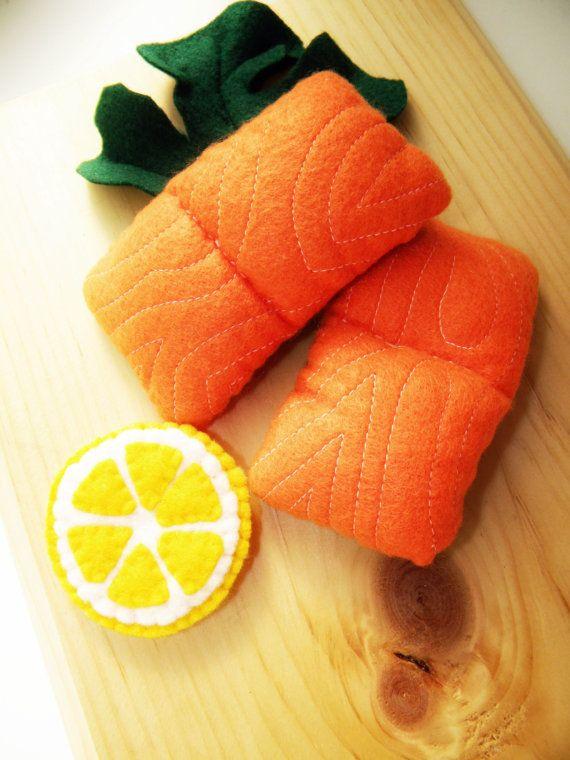 Play Felt Food Salmon with lemon slice от Marche73 на Etsy