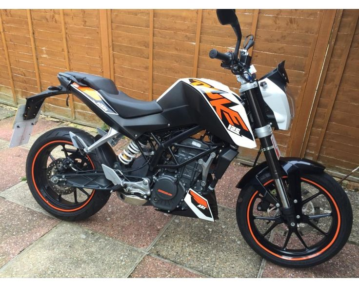 KTM Duke 125 learner legal 125cc motorbike
