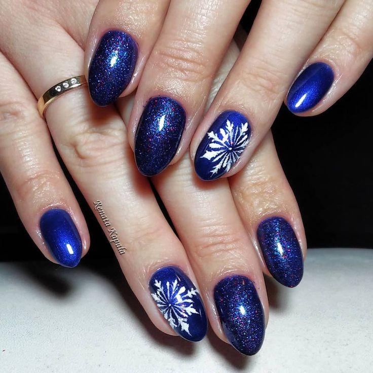 #indigo #instanails #indigonailslab #loveindigo #lovenails #instanails #manicure #manicurehybrydowy #gelpolish #paznokcie #paznokciehybrydowe #christmasnails #wzorki #wzorkinapaznokcie #glitter #nailartwow #nailart #nail #nail2inspire #nails #nails