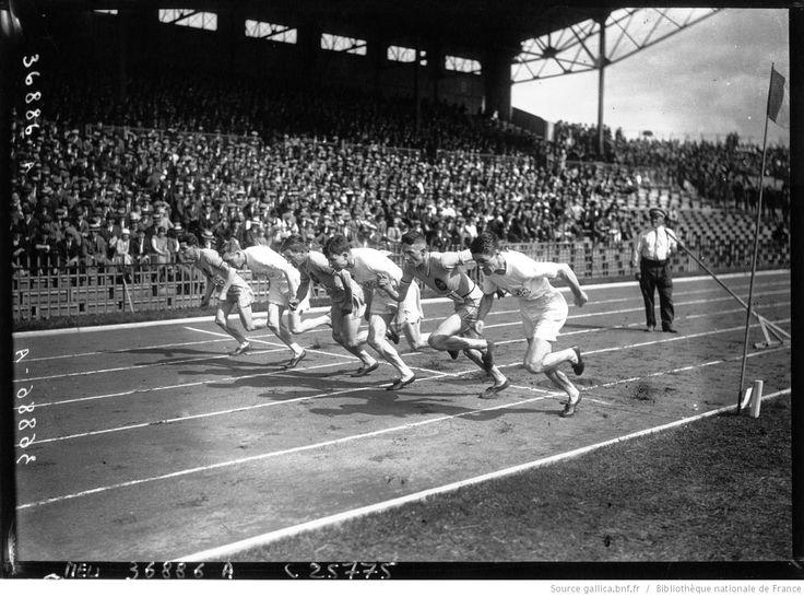 Colombes : match d'athlétisme France Angleterre : départ du 800 m, 1926
