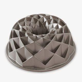 20 GENIUS Cook's Tools ~ Hospitality Gifts :: Nordicware Jubilee Bundt Pan... #wedding gift