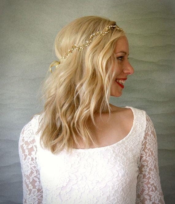 Wavy Gold Bridal Hair Vine. Wedding Hair Accessory, Veil Alternative Accessory, Gold Headband.