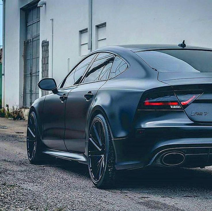 All Black Rs7