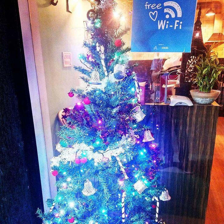 #cafeholicpune #xmas #merrychristmas #happynewyear #xmastree