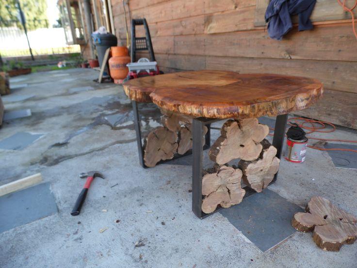 Mesa centro de rodajas de madera y fierro muebles - Muebles rusticos de madera ...
