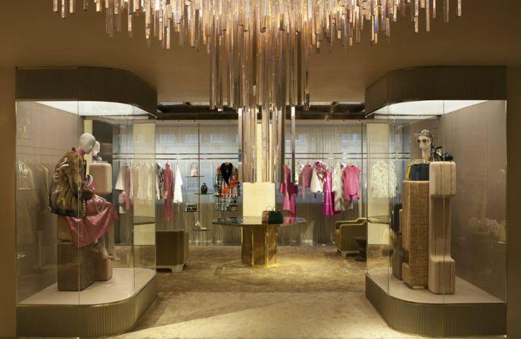 "Fendi's New Boutique in London: A Luxurious Inspiration For Your Home #NewBoutique #Fendi ""LuxuryBrand http://mydesignagenda.com/fendis-new-boutique-in-london-a-luxurious-inspiration-for-your-home/"