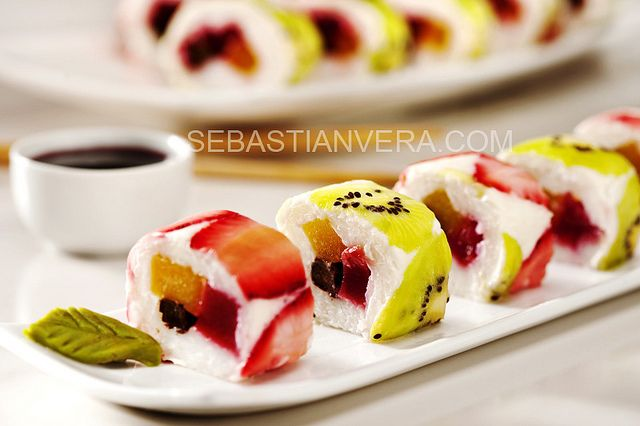 Sweet fruit Sushi rolls