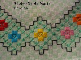"""""""Quando abrimos um livro descobrimos que temos asas.""""   Helen Hayes       O tecido xadrez é sempre objeto de trabalho. Hoje trago mais a..."""