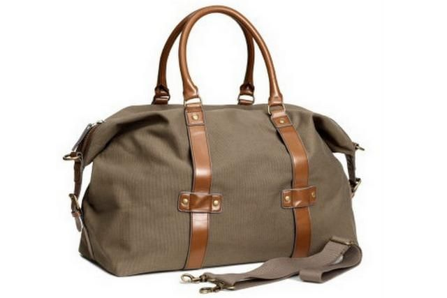 The Best Weekender Bags for Summer Getaways: H&M Weekender Bag