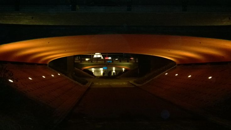 Under bridge / Merituuli, Espoo