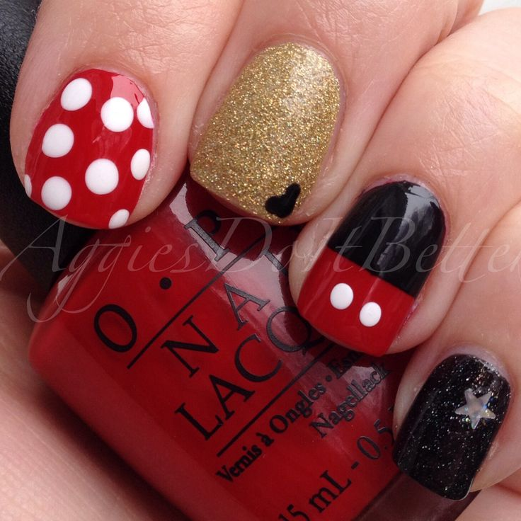 Disney Mickey and Minnie Mouse nails! Perfect for Walt Disney world marathon and half!