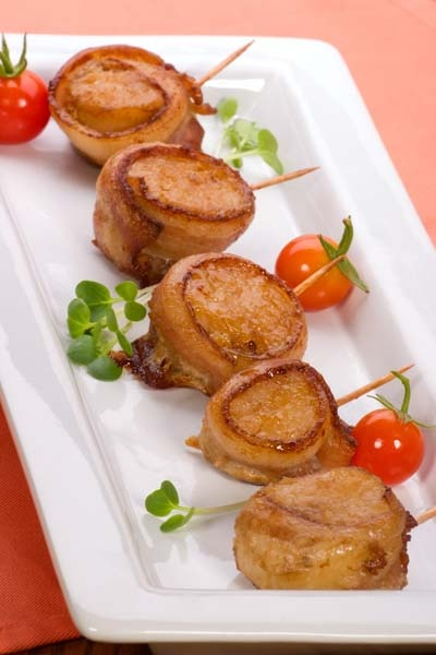 scallops wrapped in bacon - most popular winter wedding appetizer!